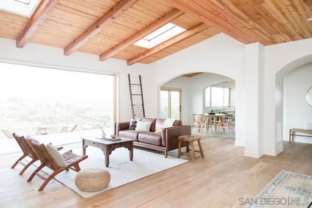 2559 Vista De Palomar, Fallbrook, CA 92028 (#200000756) :: Neuman & Neuman Real Estate Inc.