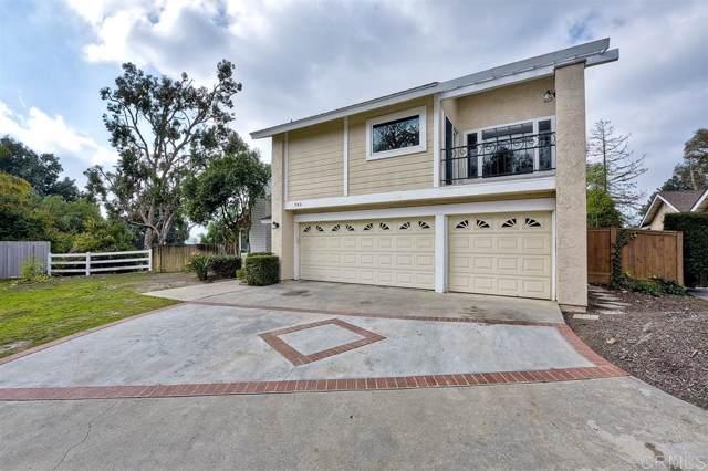 743 Blackhawk Cir, Vista, CA 92081 (#200002982) :: Neuman & Neuman Real Estate Inc.