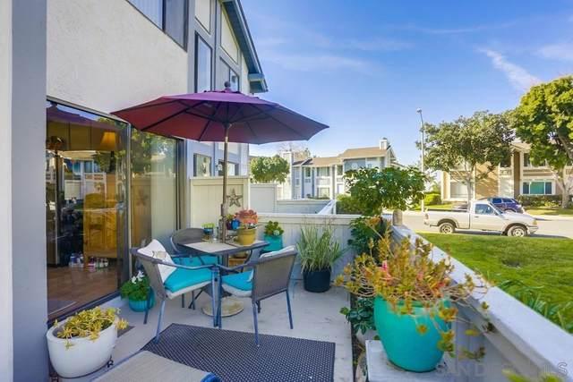 864 Hollyhock Ct, Carlsbad, CA 92011 (#200007249) :: Neuman & Neuman Real Estate Inc.