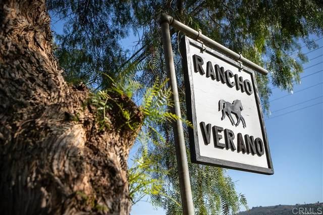 30018 Valley Center Rd, Valley Center, CA 92082 (#200009114) :: Cane Real Estate