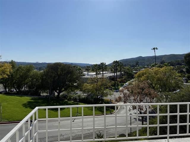 13304 Carriage Heights Cir, Poway, CA 92064 (#200014934) :: COMPASS