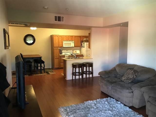 41410 Juniper #2221, Murrieta, CA 92562 (#200022597) :: Neuman & Neuman Real Estate Inc.