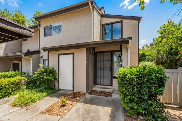 12319 Teri Dr, Poway, CA 92064 (#200023756) :: The Marelly Group | Compass