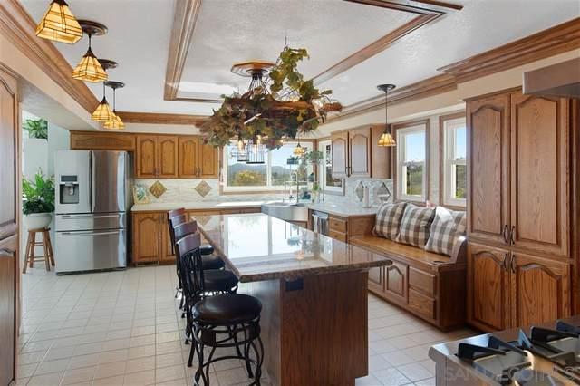9652 Meadow Mesa Dr, Escondido, CA 92026 (#200026992) :: Neuman & Neuman Real Estate Inc.