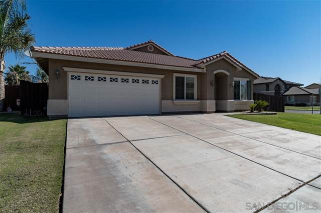 372 Countryside Dr, El Centro, CA 92243 (#200032265) :: Allison James Estates and Homes