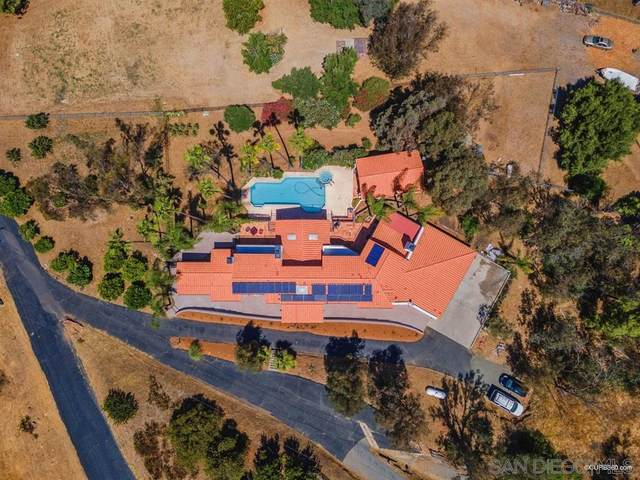 3538 Gird Rd, Fallbrook, CA 92028 (#200032405) :: Neuman & Neuman Real Estate Inc.