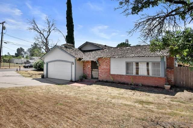 1915 Rowley Ave, Ramona, CA 92065 (#200033409) :: Neuman & Neuman Real Estate Inc.