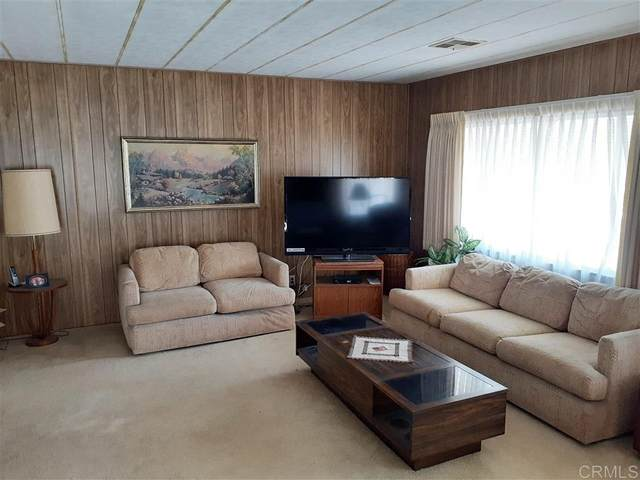 7218 San Benito, Carlsbad, CA 92011 (#200033702) :: SunLux Real Estate