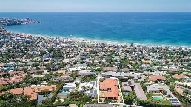 8441 Whale Watch Way, La Jolla, CA 92037 (#200035545) :: Neuman & Neuman Real Estate Inc.
