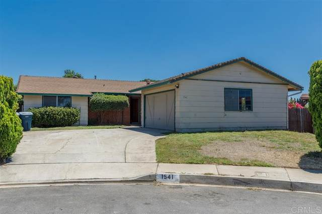 1541 Magnolia Place, Escondido, CA 92027 (#200037854) :: The Marelly Group | Compass
