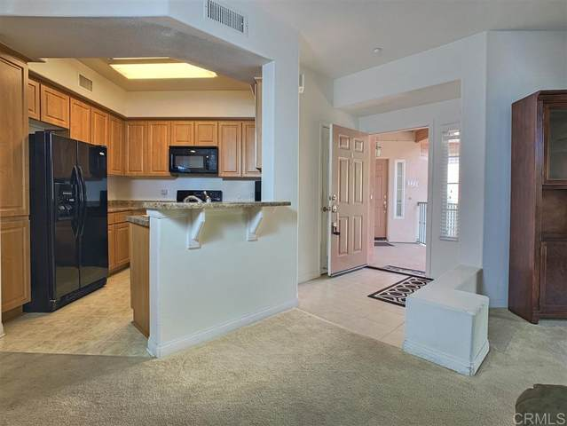 2715 Lake Pointe Dr. #220, Spring Valley, CA 91977 (#200040059) :: Neuman & Neuman Real Estate Inc.