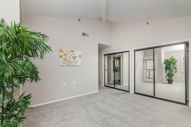1560 Circa Del Lago D303, San Marcos, CA 92078 (#200043851) :: SunLux Real Estate