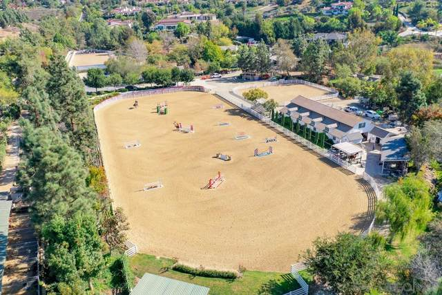 3211 Wildflower Valley Dr, Encinitas, CA 92024 (#200051134) :: SD Luxe Group