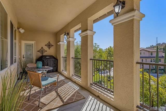 2669 Piantino Cir, San Diego, CA 92108 (#200051999) :: Neuman & Neuman Real Estate Inc.