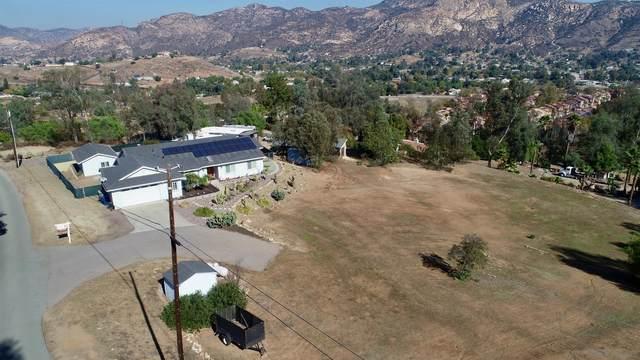 12020 Serena Rd, Lakeside, CA 92040 (#200052214) :: Solis Team Real Estate