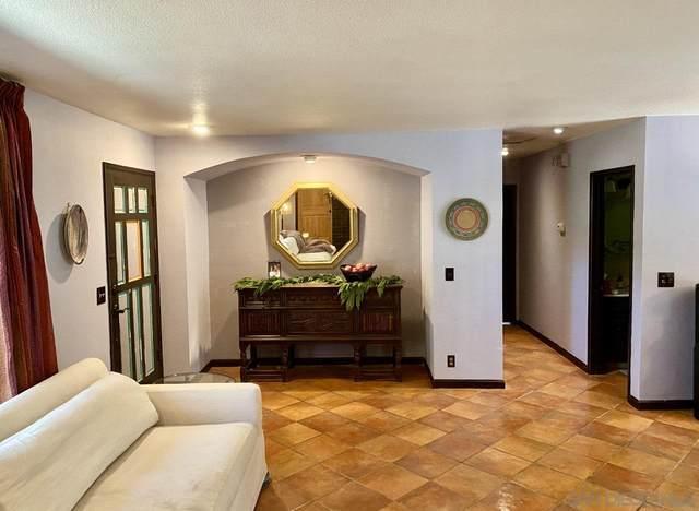 3039 El Ku Ave, Escondido, CA 92025 (#200052558) :: Solis Team Real Estate
