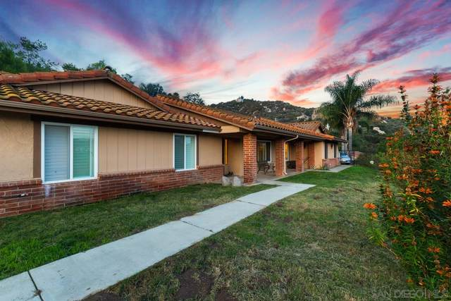 16357 Woods Valley Rd, Valley Center, CA 92082 (#210000172) :: Tony J. Molina Real Estate