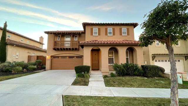 3555 Flat Rock St, Carlsbad, CA 92010 (#210001634) :: PURE Real Estate Group