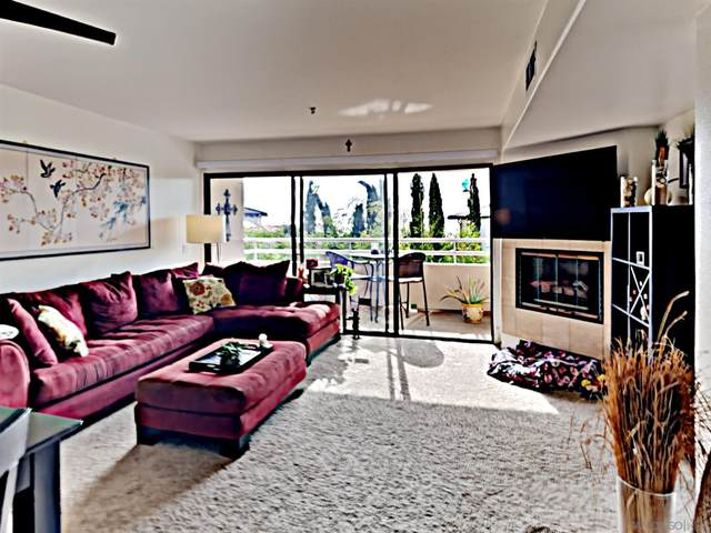 5726 La Jolla Blvd #207, La Jolla, CA 92037 (#210001925) :: Dannecker & Associates
