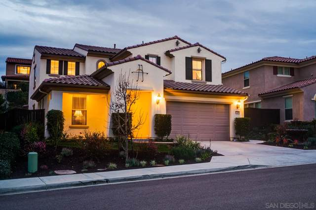 529 Adobe Estates Dr, Vista, CA 92083 (#210001984) :: Yarbrough Group