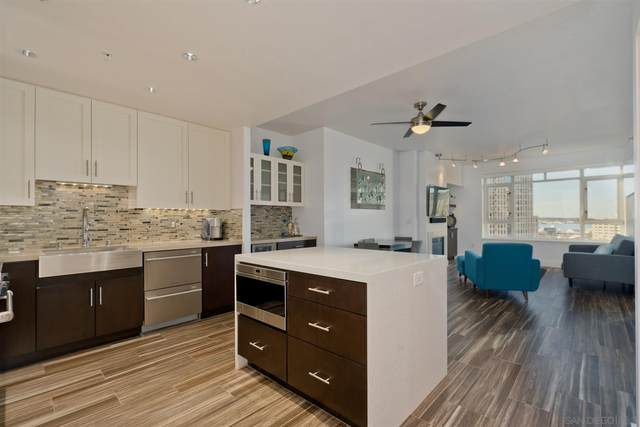 700 W Harbor Dr #1106, San Diego, CA 92101 (#210002059) :: Team Forss Realty Group