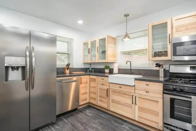 2525 Columbia St., San Diego, CA 92103 (#210003822) :: PURE Real Estate Group