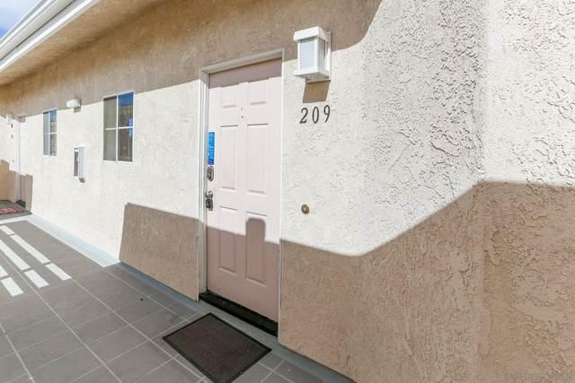 7027 Camino Degrazia #209, San Diego, CA 92111 (#210004365) :: PURE Real Estate Group