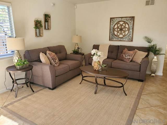 821 Concepcion Ave., Spring Valley, CA 91977 (#210005174) :: Cay, Carly & Patrick | Keller Williams