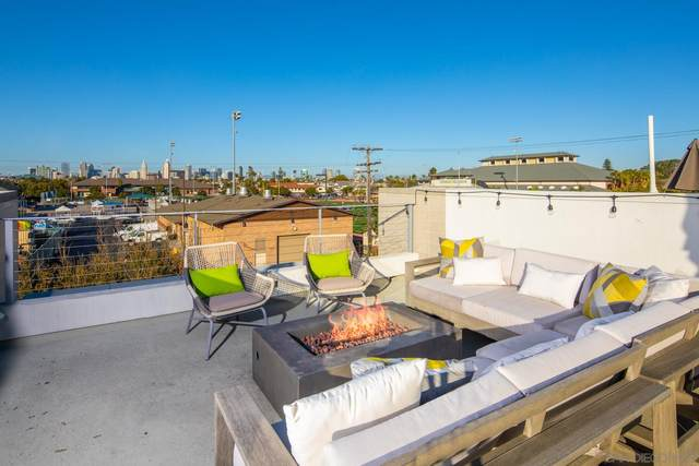 704 7th Street, Coronado, CA 92118 (#210006513) :: Neuman & Neuman Real Estate Inc.