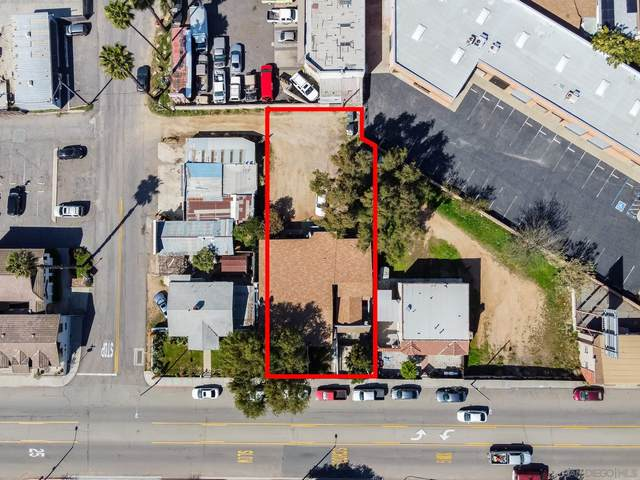 331 S Main, Fallbrook, CA 92028 (#210007731) :: Neuman & Neuman Real Estate Inc.