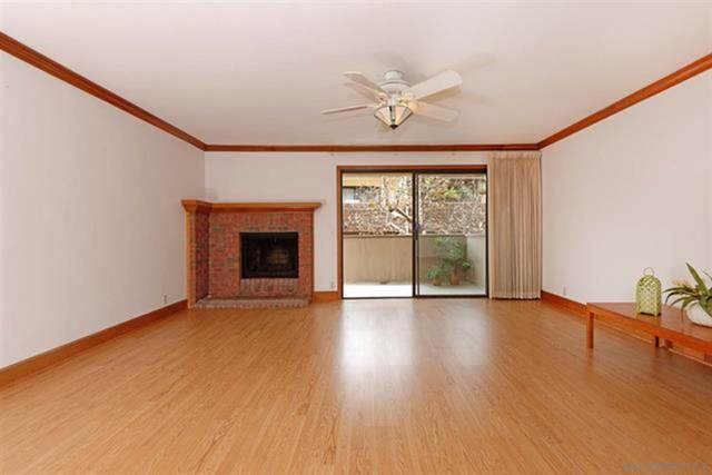 8840 Villa La Jolla Dr #220, La Jolla, CA 92037 (#210007803) :: The Legacy Real Estate Team