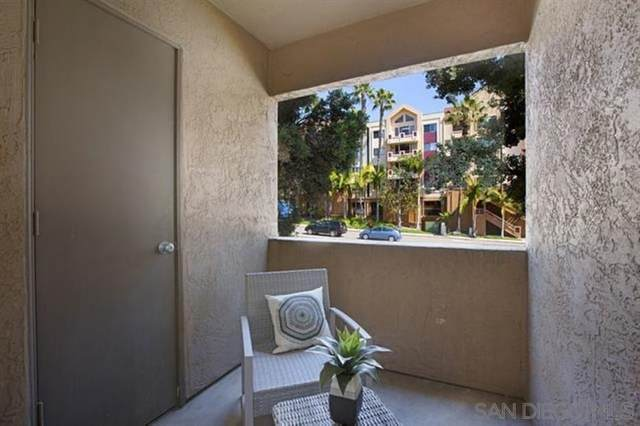 3440 Lebon Drive #4101, San Diego, CA 92122 (#210008785) :: Wannebo Real Estate Group