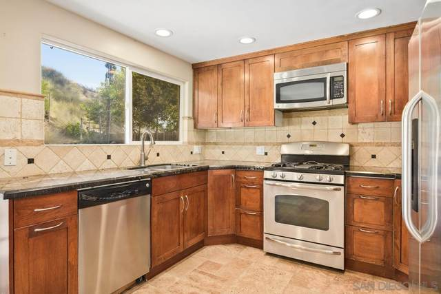12632 Celestial Ct, Poway, CA 92064 (#210009079) :: Neuman & Neuman Real Estate Inc.