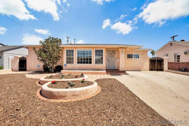 3823 Loma Alta Dr, San Diego, CA 92115 (#210009310) :: SD Luxe Group