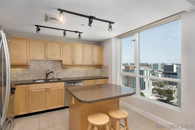 1240 India St #2105, San Diego, CA 92101 (#210009596) :: The Mac Group