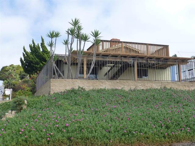 4575 Milton St, San Diego, CA 92110 (#210009711) :: Wannebo Real Estate Group
