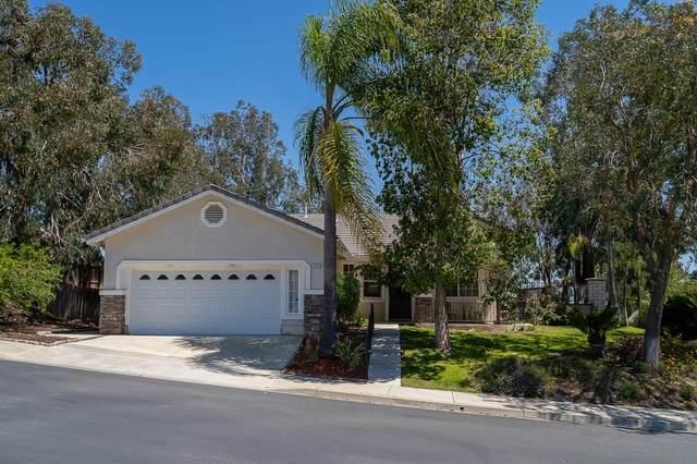 1416 Knoll Park Gln, Escondido, CA 92029 (#210010408) :: The Legacy Real Estate Team