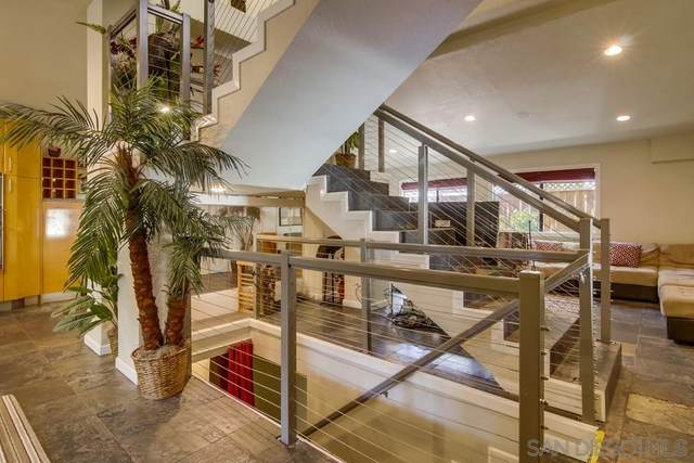 4111 Bayard St, San Diego, CA 92109 (#210010967) :: Wannebo Real Estate Group