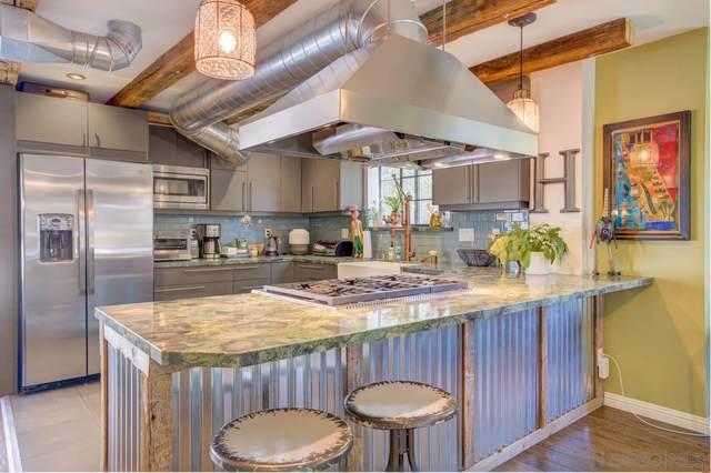 8294 Avenida Navidad Unit 4, San Diego, CA 92122 (#210011886) :: Neuman & Neuman Real Estate Inc.
