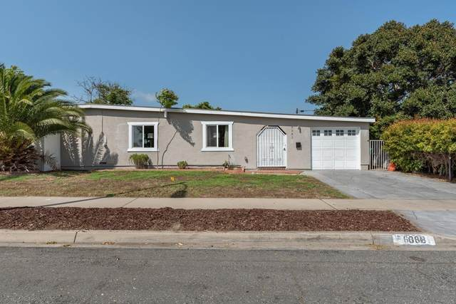 6381 Amber Lake Ave, San Diego, CA 92119 (#210012664) :: The Stein Group