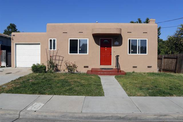 521 L Ave, National City, CA 91913 (#210012879) :: Keller Williams - Triolo Realty Group