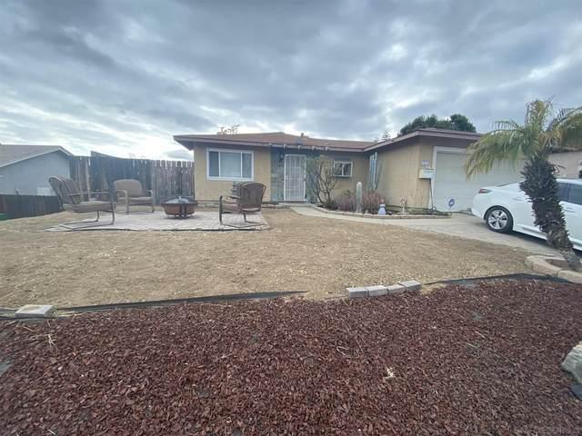 10016 Carreta Dr, Santee, CA 92071 (#210013260) :: Wannebo Real Estate Group