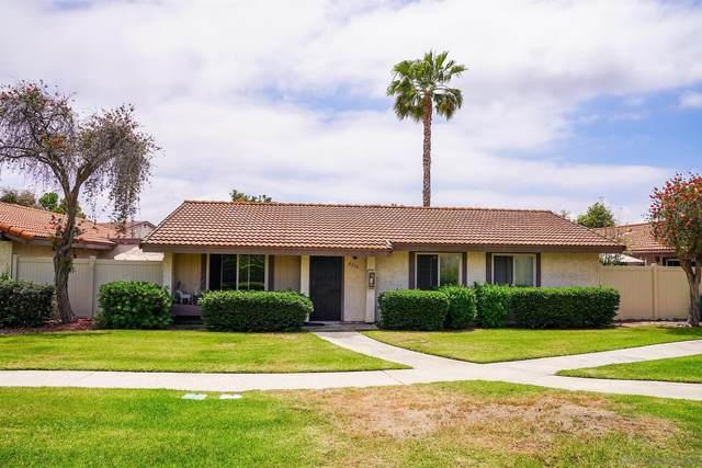 8216 Bluffview Ct, Spring Valley, CA 91977 (#210013627) :: Neuman & Neuman Real Estate Inc.