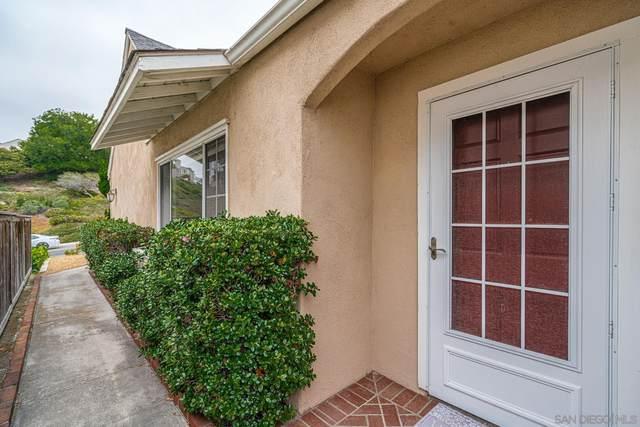2707 Southampton Rd, Carlsbad, CA 92010 (#210013897) :: SunLux Real Estate