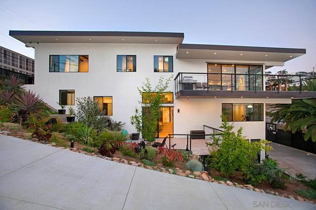 3605 Keating St, San Diego, CA 92110 (#210015155) :: SunLux Real Estate