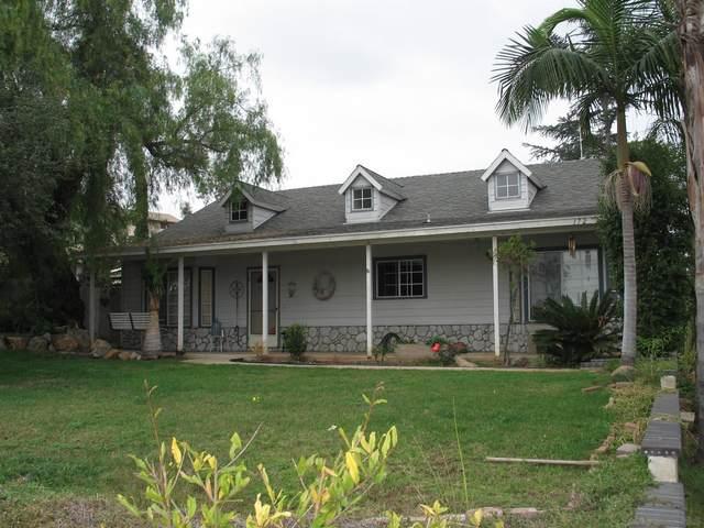 172 Palmyra Dr, Vista, CA 92084 (#210015230) :: Neuman & Neuman Real Estate Inc.