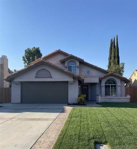 2776 Amber Drive, Hemet, CA 92545 (#210015544) :: Neuman & Neuman Real Estate Inc.