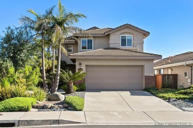 2461 Moonlight Glen, Escondido, CA 92026 (#210015595) :: Neuman & Neuman Real Estate Inc.