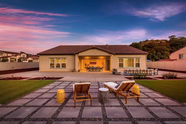 1364 Vista Ave, Escondido, CA 92026 (#210016045) :: Neuman & Neuman Real Estate Inc.