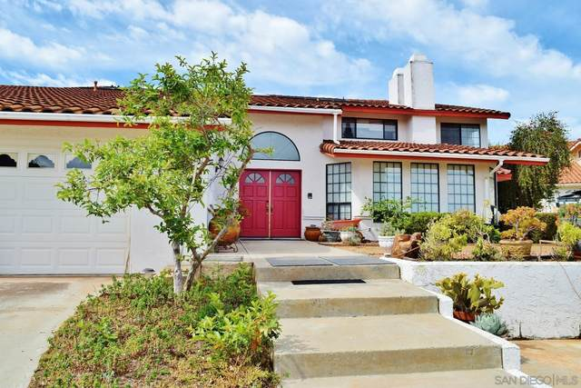 23767 Moonglow Ct, Ramona, CA 92065 (#210016050) :: The Stein Group